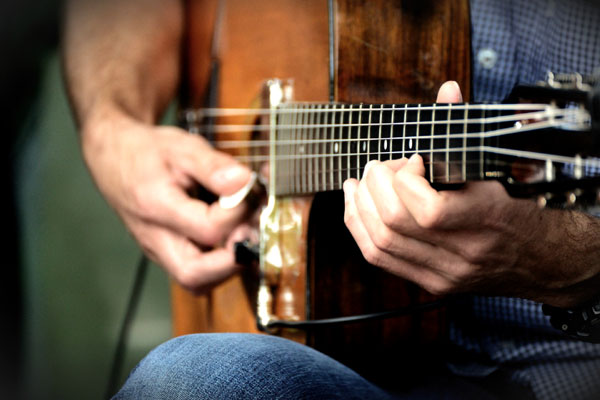 Read more about the article Whole Tone Scale Chords: Augmented 7th & 7♭5 Guitar Chords